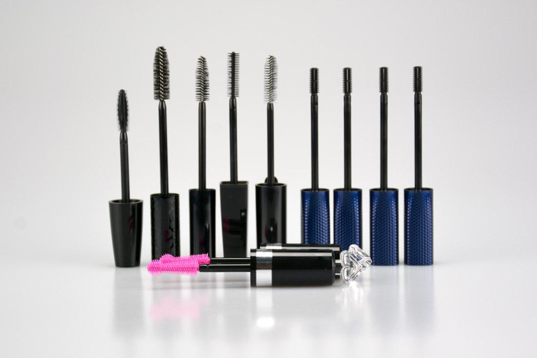 Assemblaggi capsule e scovolini makeup